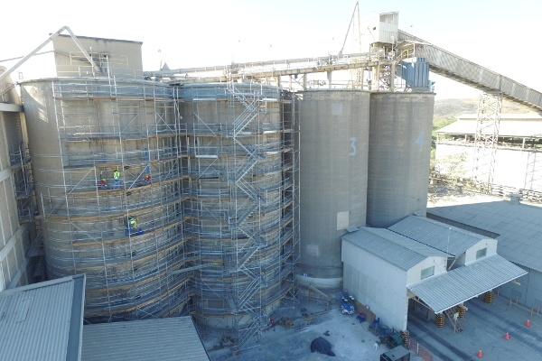 "Structural revision in silos of cement plant ""El Ronco"""